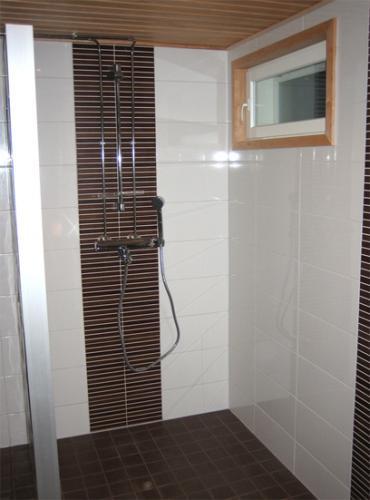 Kylpyhuone10