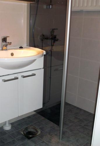 Kylpyhuone15