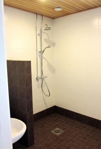 Kylpyhuone19