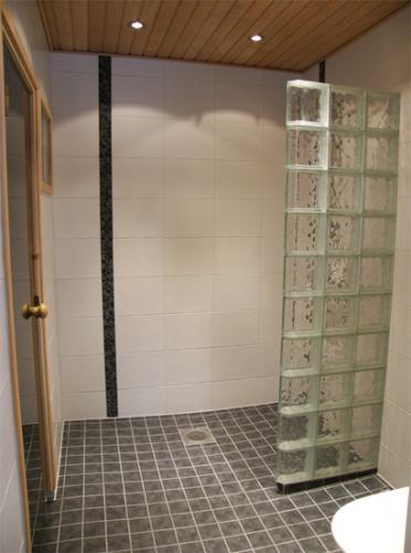 Kylpyhuone8